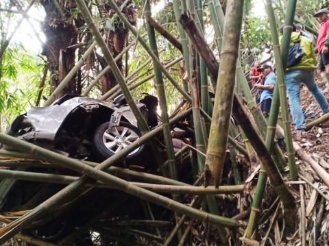 Gara-gara Peta Digital, Mobil Masuk Jurang di Lembang