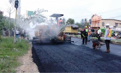 Penggunaan Aspal Buton untuk Tingkatkan Kualitas Jalan Nasional
