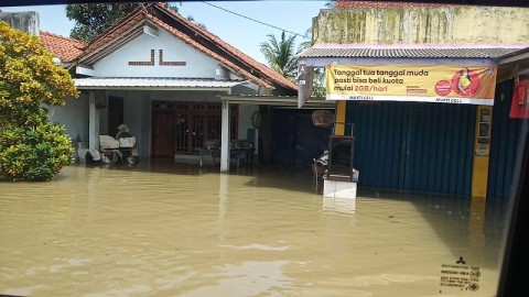 Dua Pengungsi Banjir Cilacap Positif Covid-19