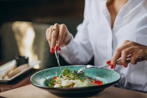 5 Makanan yang Baik untuk Kesehatan Otak