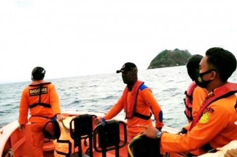 Tim SAR Pelabuhan Merak Cari Penumpang yang Terjun ke Laut