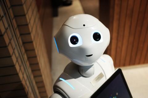 Sebuah Bar di Korea Selatan Memilih Robot sebagai Bartender
