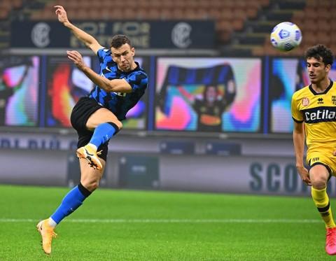 Inter Milan vs Parma: Perisic Selamatkan Nerazzurri dari Kekalahan