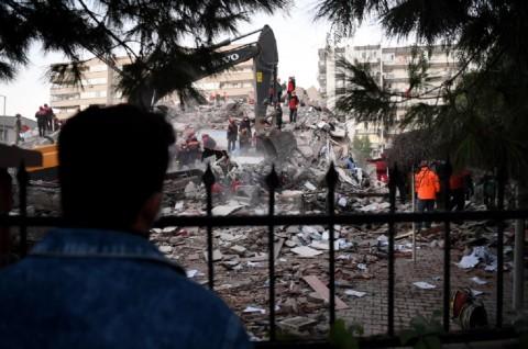 Korban Tewas Gempa di Izmir Turki Lampaui 40 Orang