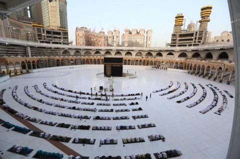 Arab Saudi Buka Kembali Umrah untuk Warga Negara Asing