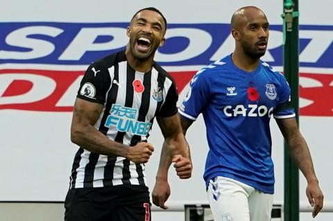 Newcastle vs Everton: The Magpies tidak Biarkan Tamunya Kembali ke Puncak