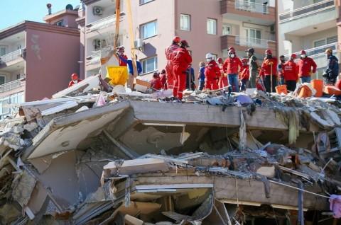 Korban Gempa di Turki dan Yunani Bertambah Jadi 75 Orang