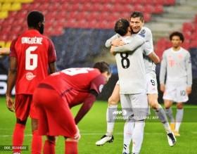 Hasil Lain Liga Champions Grup A-D, Muenchen Sempurna