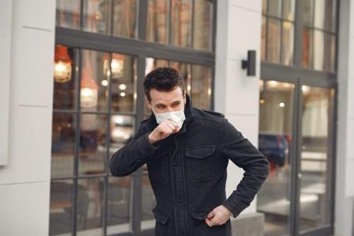 Ilmuan di lab MIT, AS sedang meneliti Artificial-intelligence/AI untuk mengidentifikasi orang dengan covid-19 dari batuknya. (Foto: Ilustrasi/Pexels.com)