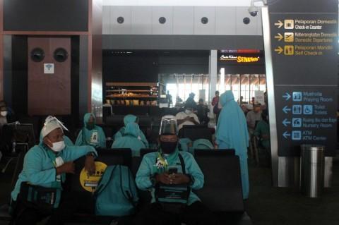 Biaya Umrah di Karawang Naik Rp10 Juta