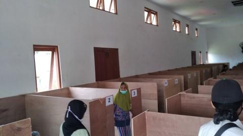 Relawan Pengungsi Merapi Wajib Steril dari Covid-19