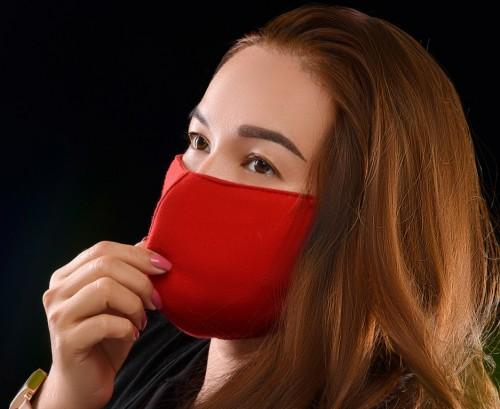 Masker kain menjadi pilihan yang harus kamu pertimbangkan saat berolahraga pada masa pandemi. (Foto lustrasi-Freepik)