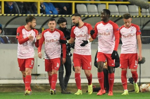 Jelang Jeda Internasional, 6 Pemain RB Salzburg Positif Covid-19