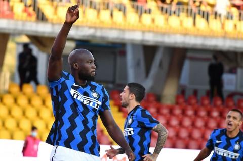 Legenda Khawatir dengan Performa Inter Milan