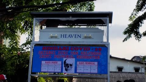 Hari Pahlawan, Monumen Peti Mati Covid-19 di Pademangan Diresmikan