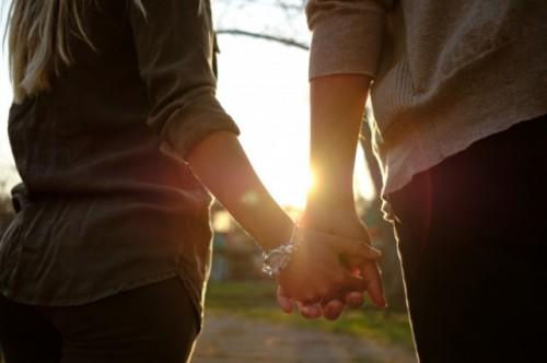 Berikut ini adalah preferensi kencan perempuan dan laki-laki di Indonesia. (Foto: Ilustrasi/Freepik.com)