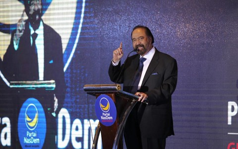 Surya Paloh Puji Kebijakan Jokowi dalam Tangani Covid-19