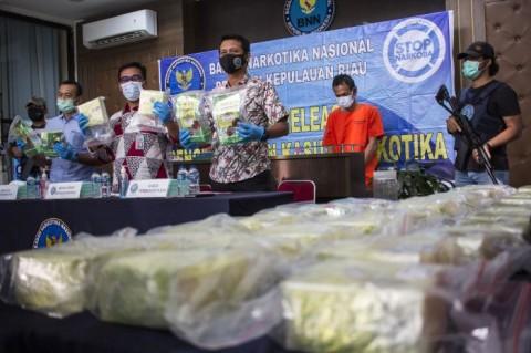 BNNP Kepri Tangkap Penyelundup 33 Kg Sabu