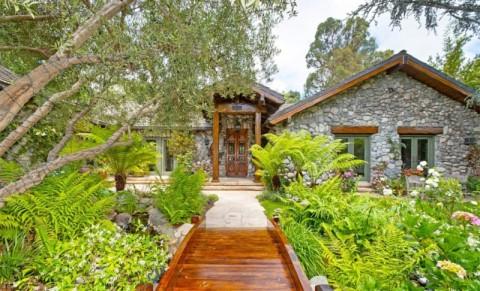 Mantan Pendiri Zillow Beli Rumah Rp80 Miliar