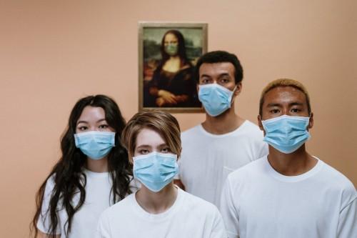 Pada masa pandemi covid-19 ini, dikenal juga dengan adanya penyebaran melalui klaster keluarga. (Ilustrasi/Pexels)