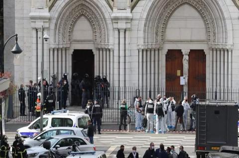 Serangan Gereja di Nice dan Pemenggalan Guru Prancis Saling Terkait
