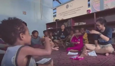 Menilik Kiprah Mahasiswa UGM Bantu Pembangunan di Papua