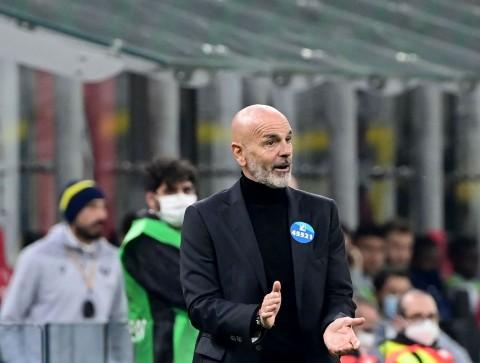 Pelatih AC Milan Stefano Pioli Terpapar Covid-19