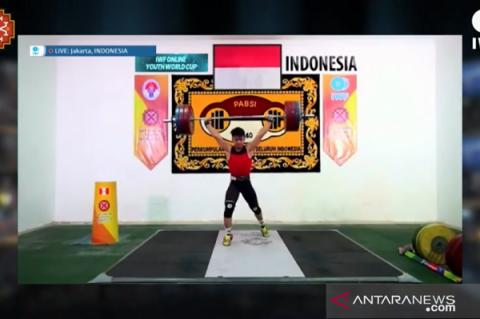 Rizky Juniansyah Sabet Tiga Emas di Kejuaraan Dunia Angkat Besi Remaja