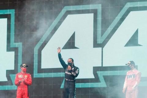 Hamilton Menyamai Rekor Schumacher, Ini Komparasi Statistiknya!