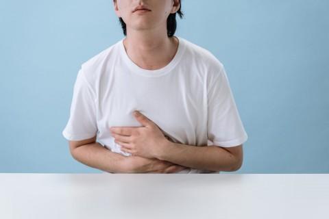 6 Gejala Kanker Lambung yang Perlu Diwaspadai