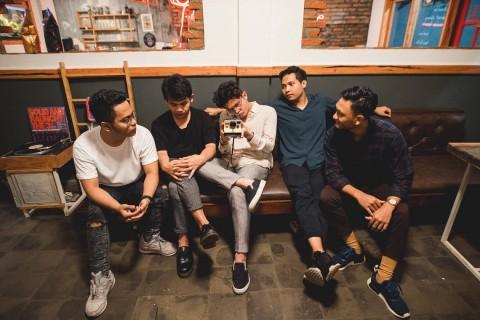 Juicy Luicy Merayakan Kesedihan di Album Sentimental