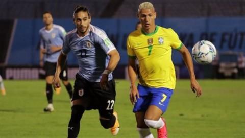 Uruguay vs Brasil: Diwarnai Kartu Merah Cavani, Tim Samba Sabet Tiga Poin