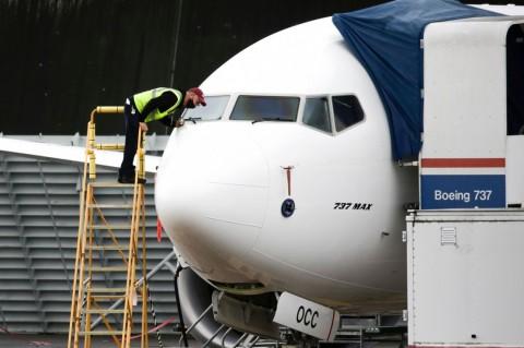 FAA Mencabut Larangan Terbang Boeing 737 MAX