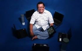 Onno W. Purbo, Komitmen Sediakan Internet Gratis Dibayar Doa