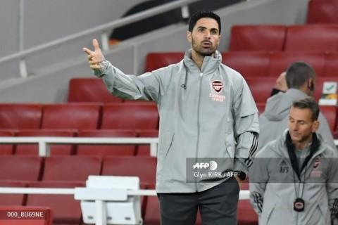Mikel Arteta Sedih Melihat Situasi Oezil di Arsenal