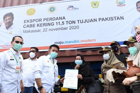 Mentan Syahrul Lepas Ekspor Cabai Kering Perdana ke Pakistan