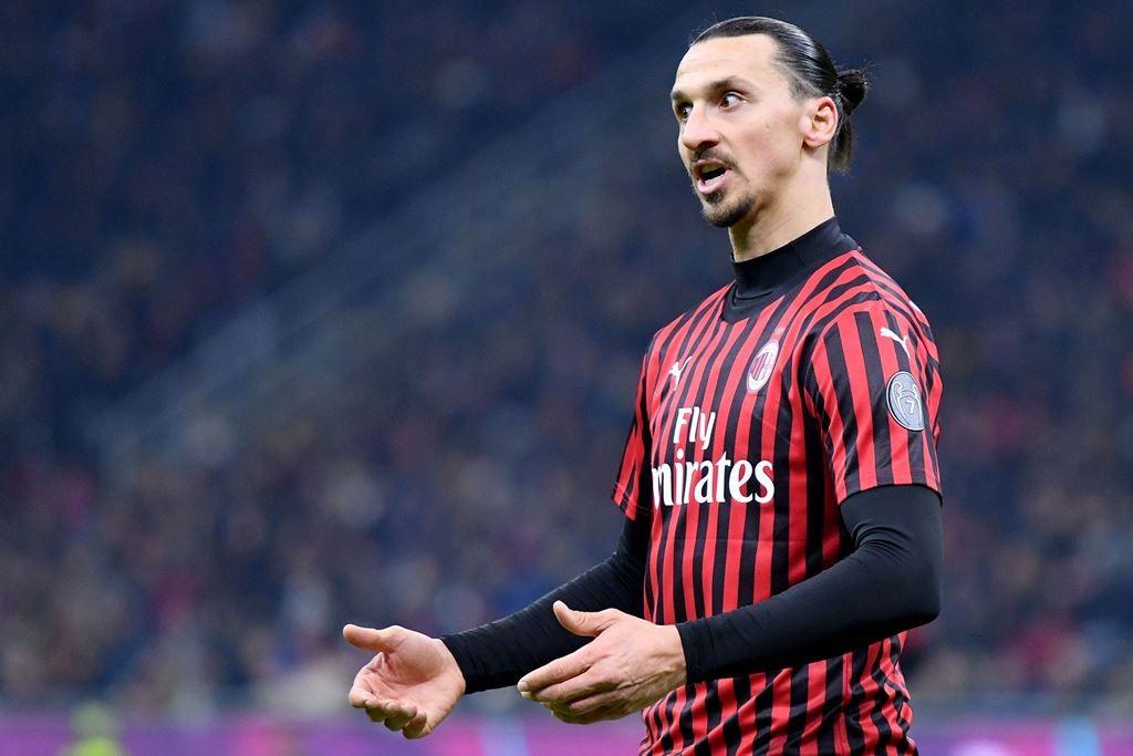 AC Milan Harap-harap Cemas Kondisi Zlatan Ibrahimovic