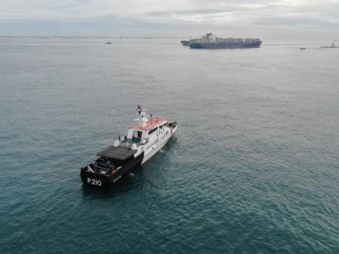 Kapal MV Tina 1 Kandas di Perairan Batam