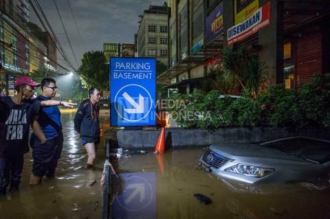 Hindari Beli Mobil Bekas Banjir, Gini Ciri-Cirinya