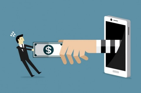 OJK: Tiga Pinjaman <i>Online</i> Dapat Izin, Satu Dicoret