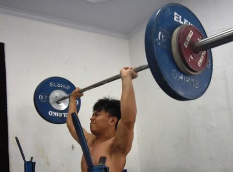 Lifter Pelatnas Olimpiade Minta Tempat Latihan Representatif
