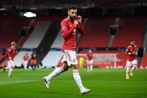 Manchester United vs Istanbul Basaksehir: Setan Merah Perkasa