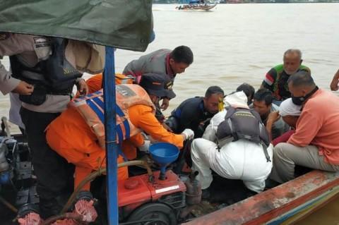 Tugboat Tenggelam, Satu Awak Tewas