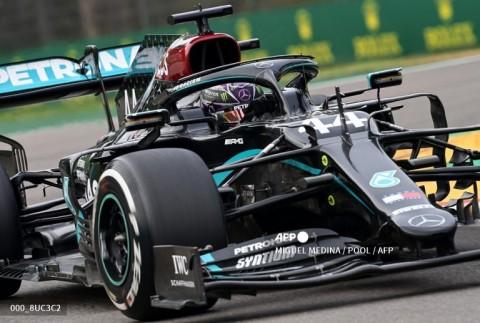 Hamilton Tidak akan Menurunkan Kecepatan di F1GP Bahrain