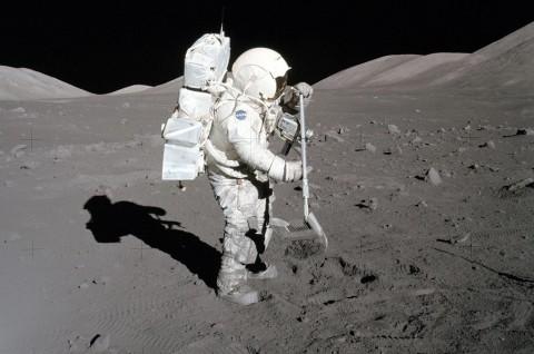 Ternyata Ada Astronaut Alergi Bulan