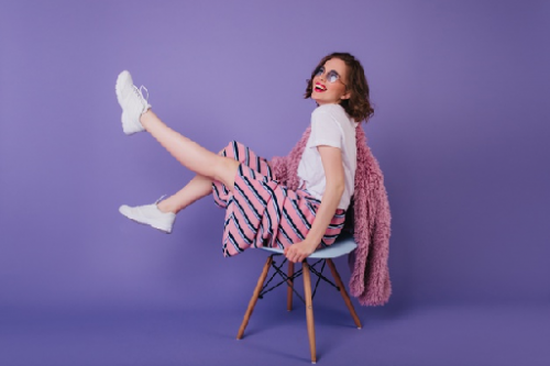 Tahukah kamu, ada beberapa fashion item yang wajib kamu miliki agar kamu bisa memadukannya dengan gaya fashion terkini. (Foto: Ilustrasi. Dok. Freepik.com)