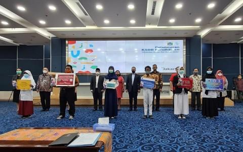 JIS Salurkan Puluhan Perangkat Teknologi Bantu Guru dan Siswa di Jakarta