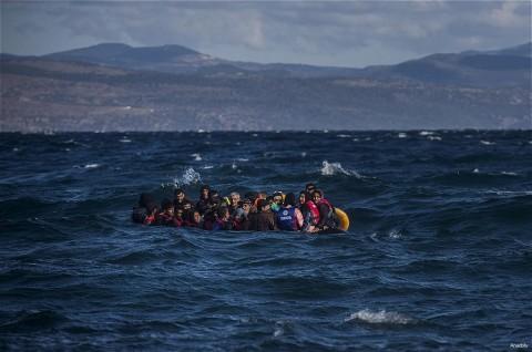 Inggris-Prancis Sepakat Hentikan Perlintasan Imigran Gelap