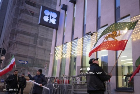 Anggota OPEC Kompromikan Pasokan Minyak