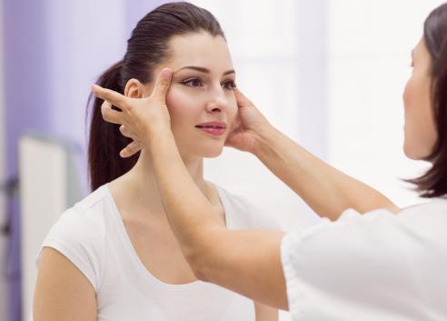 Masalah kulit cenderung menyebabkan ketidaknyamanan karena sangat jelas dan terlihat. (Foto: Ilustrasi. Dok. Freepik.com)